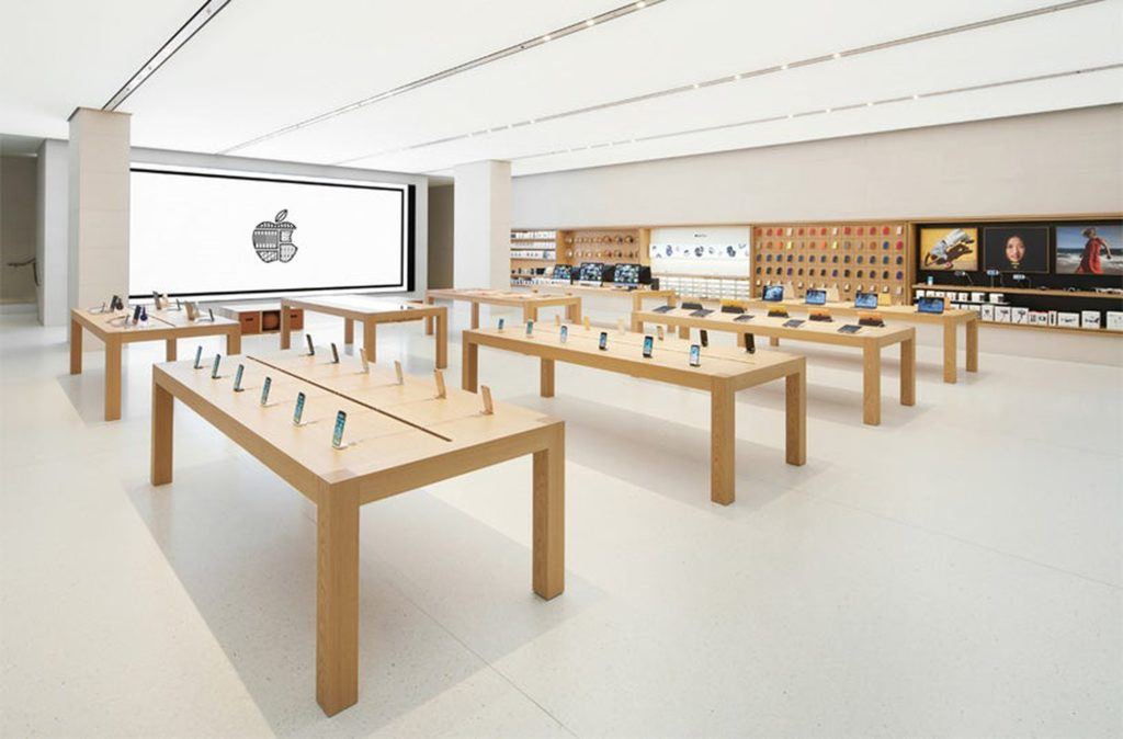 Why Apple Could Be Slammed By a Recession