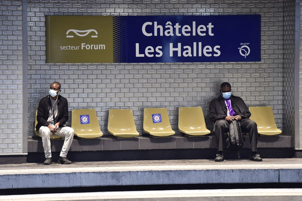 Paris Tests Face-Mask Recognition Software on Metro Riders