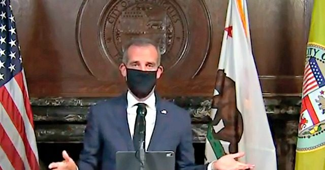 Los Angeles: Masks Now Mandatory When Leaving Home