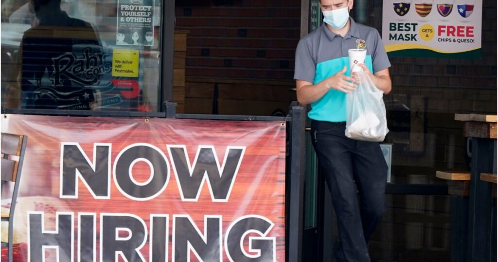 New jobless claims fall to lowest level since mid-March