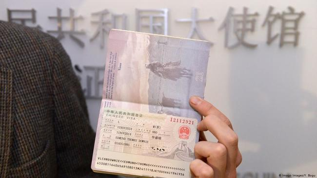US Revokes Chinese Graduate Student Visas On Fears Of Research Theft