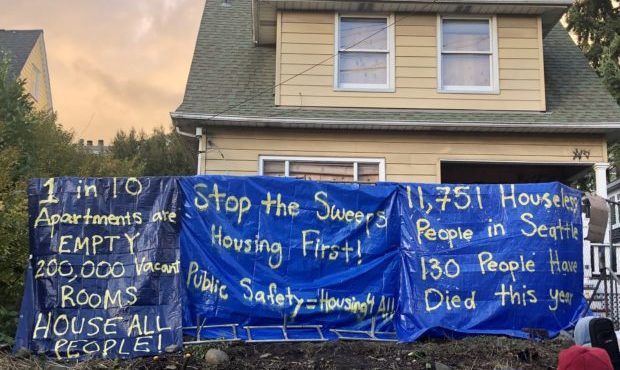 Seattle radicals occupy park, yellow house in new 'autonomous zone'