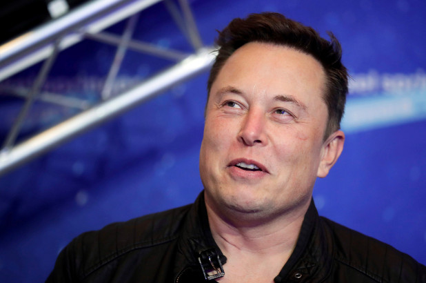 Elon Musk says Neuralink could start implanting chips in human brains 'later this year'