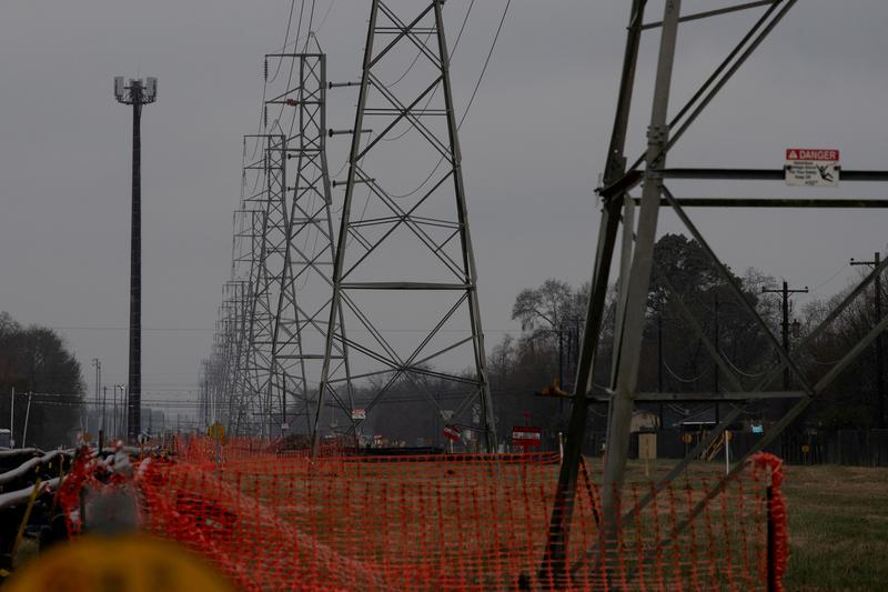 Top executives of Texas power grid resign after storm failure