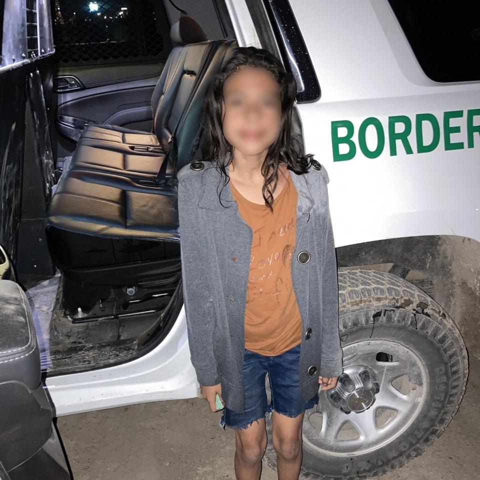 U.S. Army soldier pulls young girl from Rio Grande River after she was abandoned by human smugglers: CBP