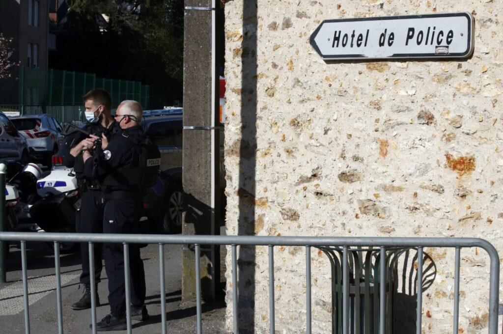 4 Held as French Investigate Suspected Islamic Terrorist Attack Killing Policewoman Inside Station