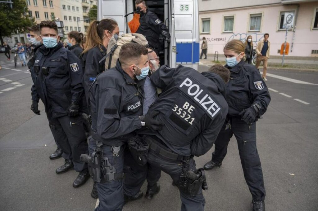 Tens of Thousands Protest in Germany, France Against COVID-19 Vaccine Passports