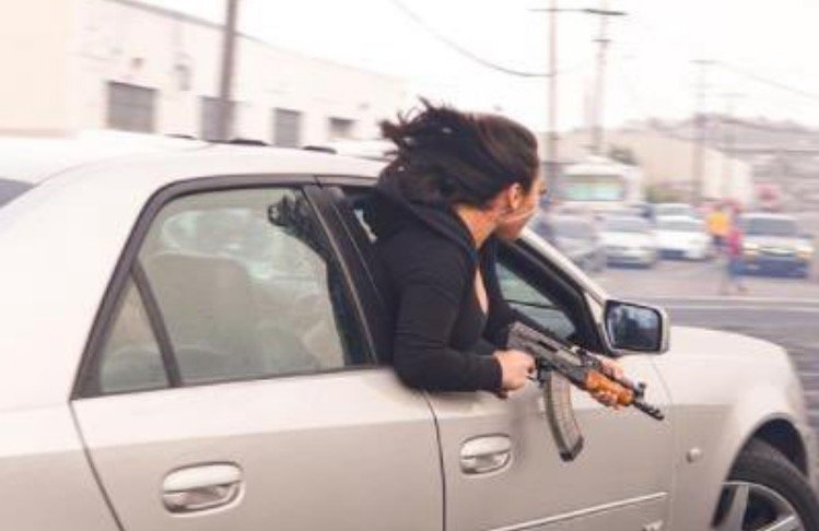 Woman Leans Out of Car Holding AK-47 in San Francisco in Broad Daylight