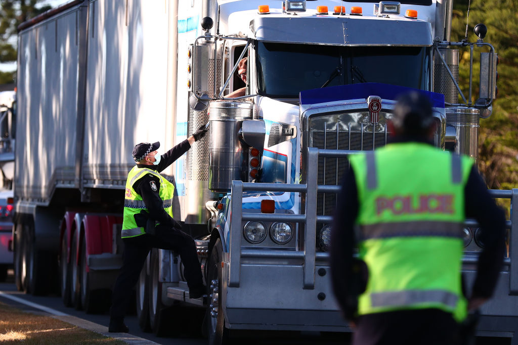 Australian Truckers Protest Mandatory Vaccines and Lockdowns, Block Major Highway
