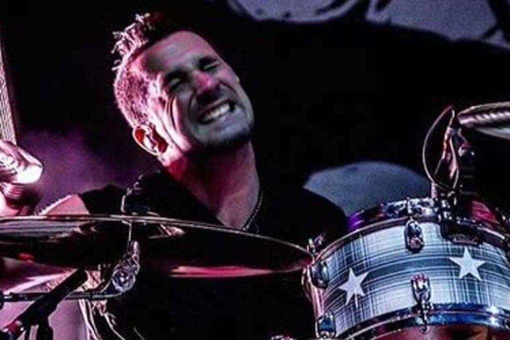 Drummer Pete Parada of The Offspring Fired for Refusing the COVID Vaccine