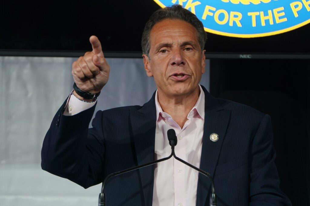 New York's Cuomo Orders Health Care Workers to Get COVID-19 Vaccine