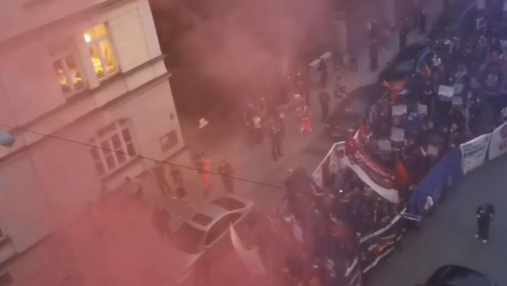 Germany's Democracy in Danger: Antifa Attacks AfD Candidate Petr Bystron's Home, Interferes in Election (VIDEO)