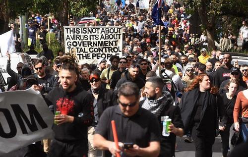 """Anti-Lockdown Protesters In Australia """"Break Police Line"""" As Clashes Erupt"""