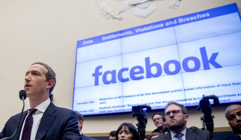 Facebook users allowed to share advice, tips on crossing border illegally