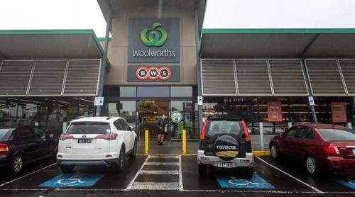 """No Jab, No Job"" - Aussie Supermarkets Demands 300K Workers Must Get Vaccinated Or Find Work Elsewhere"