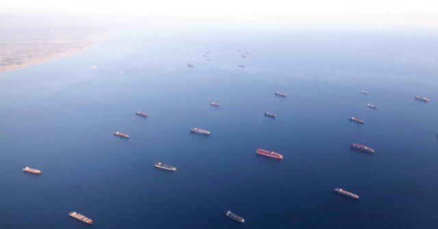 Record-breaking 100 Ships Anchored, Waiting at Los Angeles and Long Beach Ports